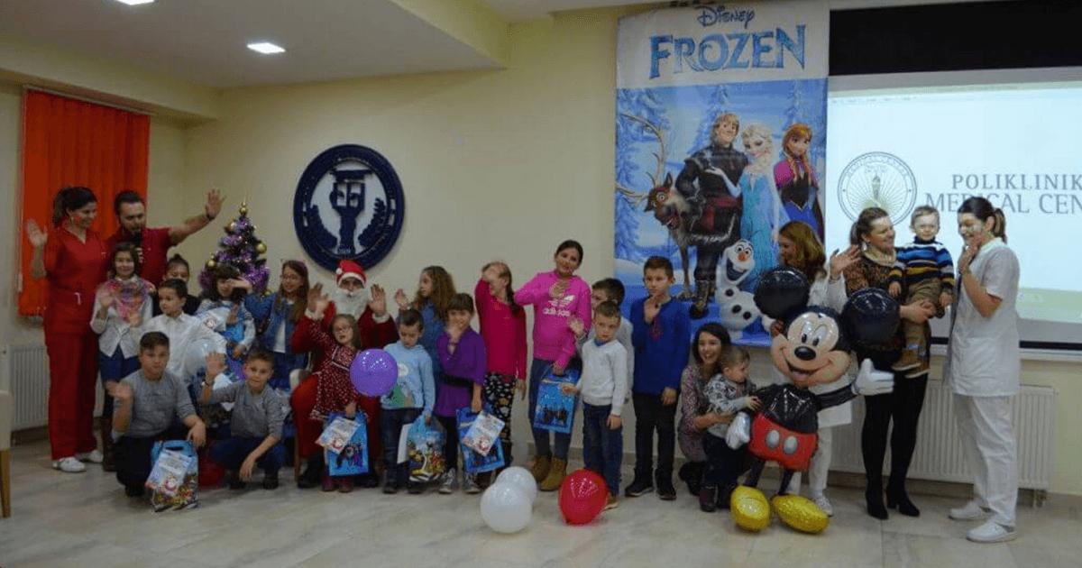 Podjela novogodišnjih paketića za najmlađe u MEDICAL CENTRU